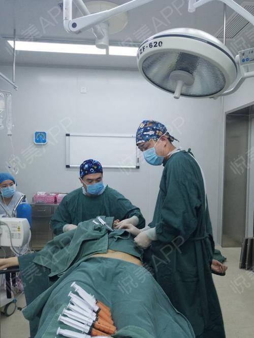 南京做隆胸手术医院比较好的医院在哪里