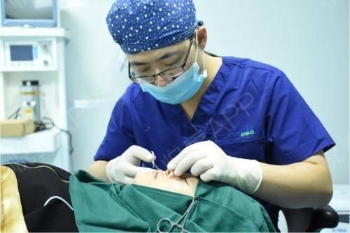 鼻综合手术当天_鼻部整形手术当天_悦Mer_9469503740分享图片1