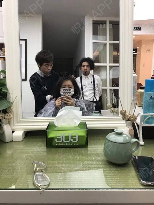 最近人都在日本,五一也许会回国,真的好久没回来了,好怀念上海的小笼包。昨天去店里做了新发型,头发剪短了好多,这样子夏天...