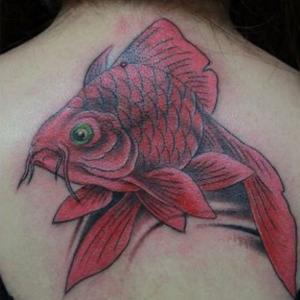 年轻时候不懂事,建议大家不要乱纹身!