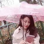 昨天早上下好大的雨,我早上出门的时候还没下,后来就下了个瓢泼大雨。让我想起来冬天的时候也是下雨我去买了个美美的透明伞,就...