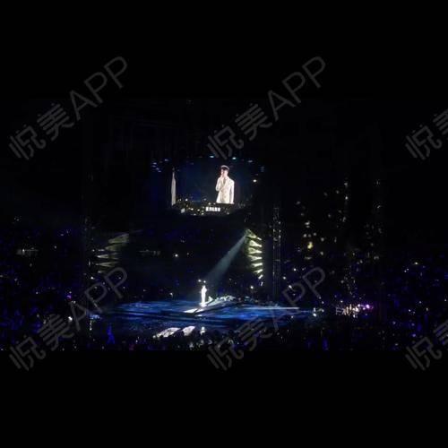 昨天跟老公去看李克勤佛山站的演唱会~~哈哈哈真是太开心了!给大家放几张过过眼~特别是他唱那首月半小夜曲简直深得我心呀~~...