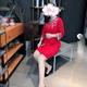 春节前买了一件红色的呢子裙,家里人都夸漂亮呢,所以今天穿出来给小伙伴们看,如果放在以前我是没有这个自信的,之前扁平的臀部...