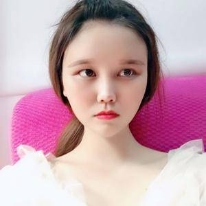 悦Mer_7910543114自体脂肪脸部填充术后10天第1页图