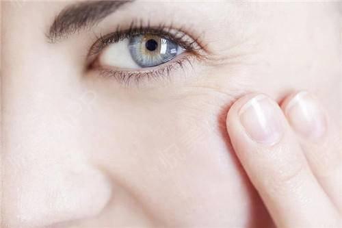 眼部除皱手术都有哪些?