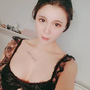 小魔仙~自体脂肪隆胸术后185天第2页图