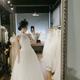 嗯今天去拍了婚纱艺术照,婚纱真的太美了,算是每个女孩子心里的梦吧。摄影师也很好,会教你摆姿势,拍好了...