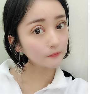 韩式俏丽美眼