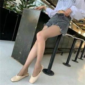 大腿吸脂美少女