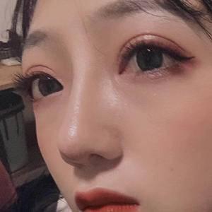眼睛鼻子蜕变