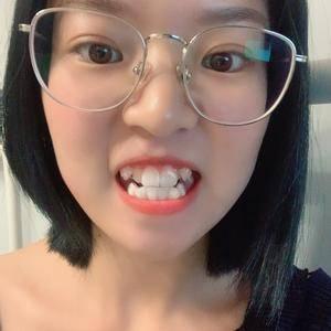时代天使矫正牙齿