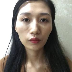 茵茵尹尹M唇