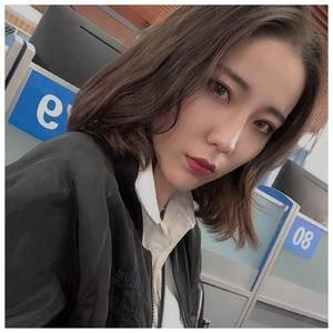 韩式俏挺隆鼻